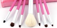 Cosmetic brush, makeup brush set